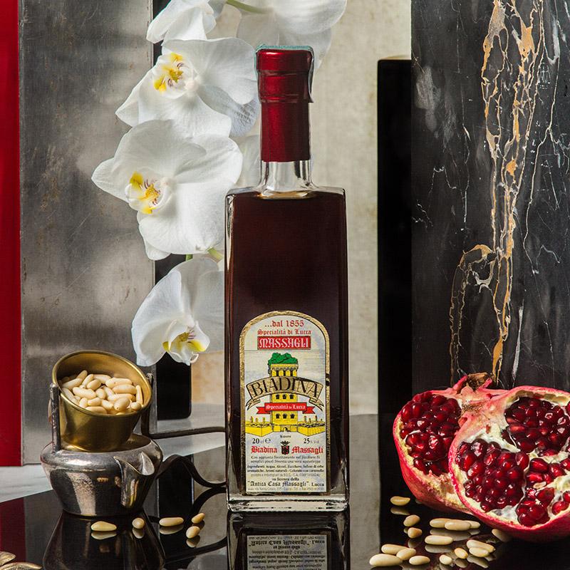 Biadina — Liquore tradizionale di Lucca