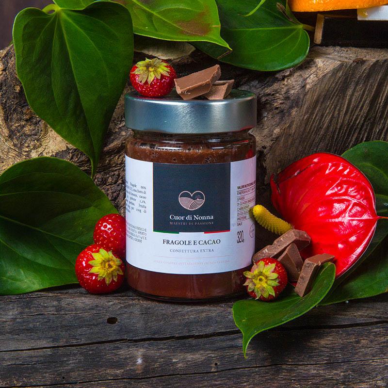 Confettura Extra di Fragole e Cacao (66%)